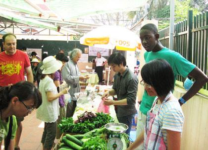Western Market in Hanoi-1