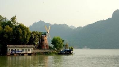 thungnai-hoabinh-vietnam