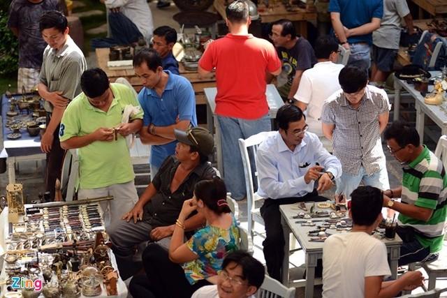Flea market in HCM City