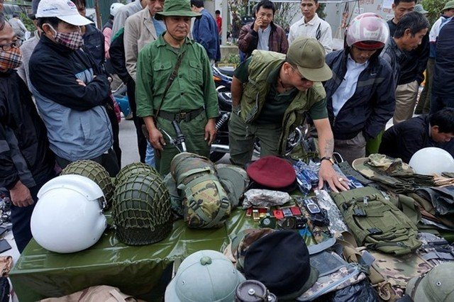 Chợ Viềng: Top 11 Unique Markets Only In Vietnam