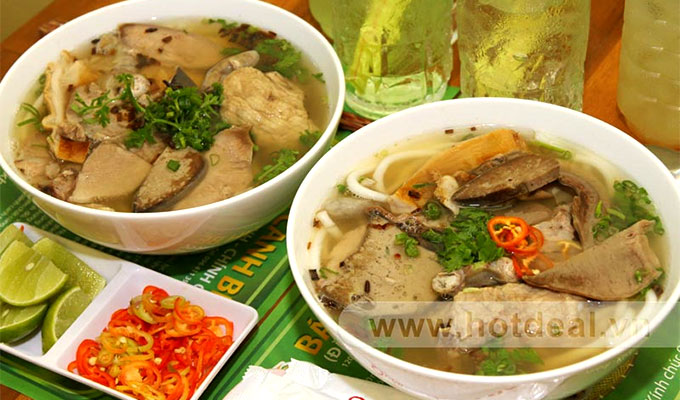 Banh canh Ben Co is a specialty of Tra Vinh