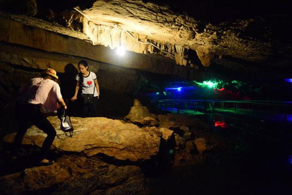 Tien Ca Cave in Ninh Binh Province-6