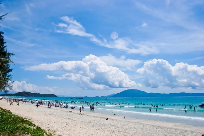 Tra Co beach-2