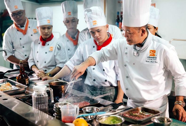 Vietnam tourism needs more chefs